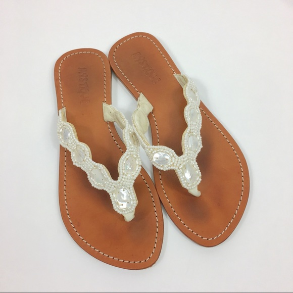 200bba703 Mystique Beaded thong sandals. M 5b2e54c18ad2f9156c93f62e